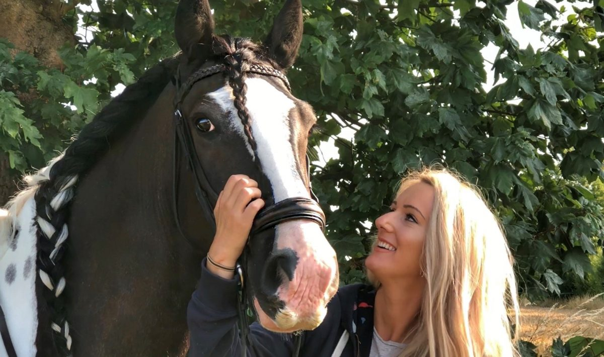 Sophie Wratting and her horse Remington