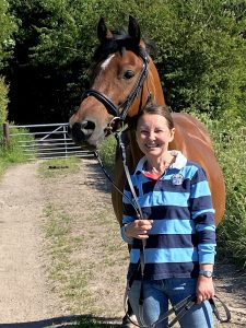 Riley and Shaon Howe equestrian blog